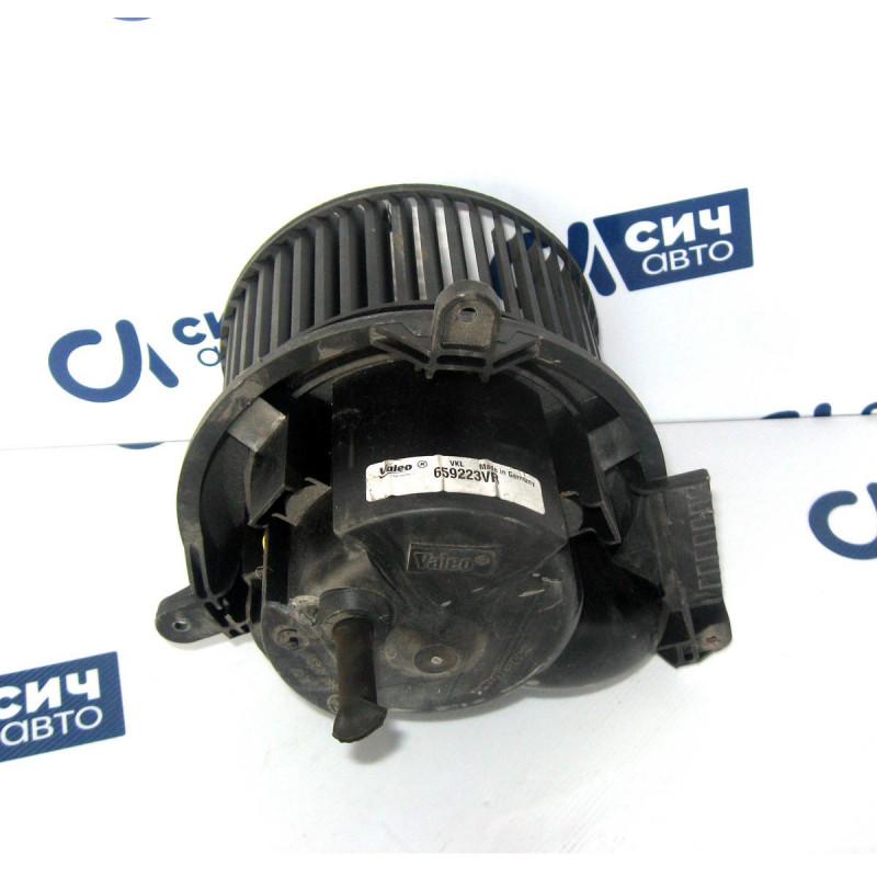 Моторчик печки (Европа) MB Sprinter W901-905 1996-2006