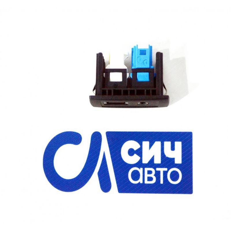 Адаптер (USB-AUX) MB Sprinter W906 2010-2017