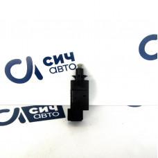 Датчик включения тормоза (жабка) нового образца MB Sprinter W901-905 2000-2006