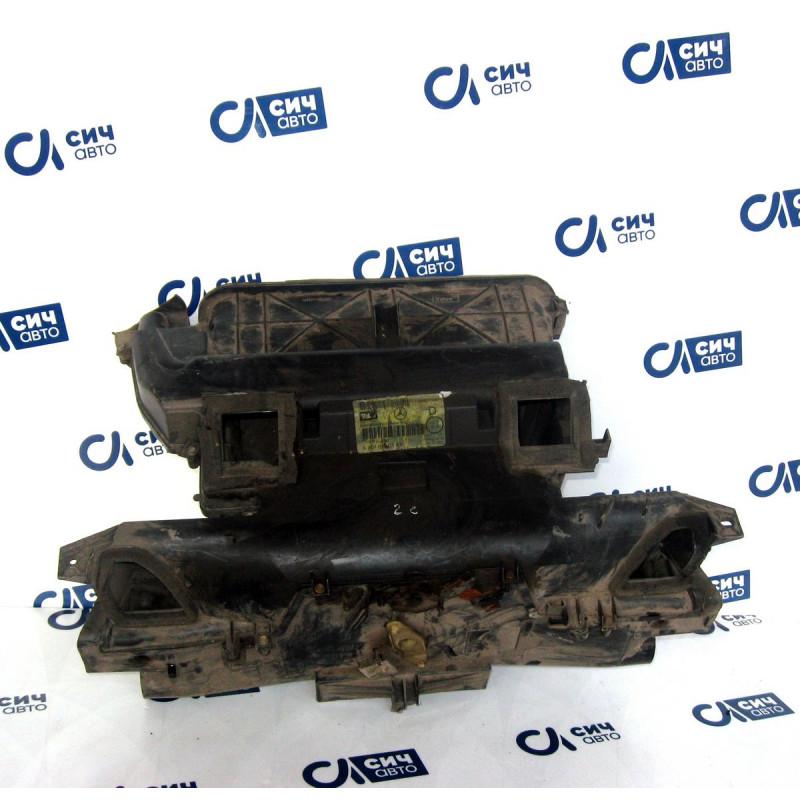 Корпус печки в салоне MB Sprinter W901-905 2000-2006