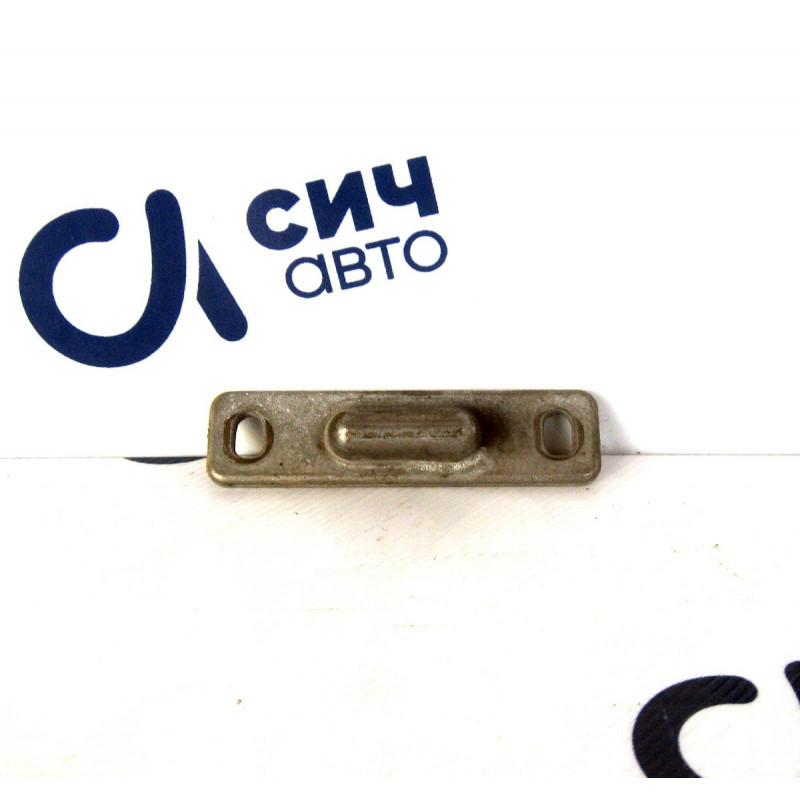 Направляющая раздвижной двери (метал) MB Sprinter W901-905 1996-2006