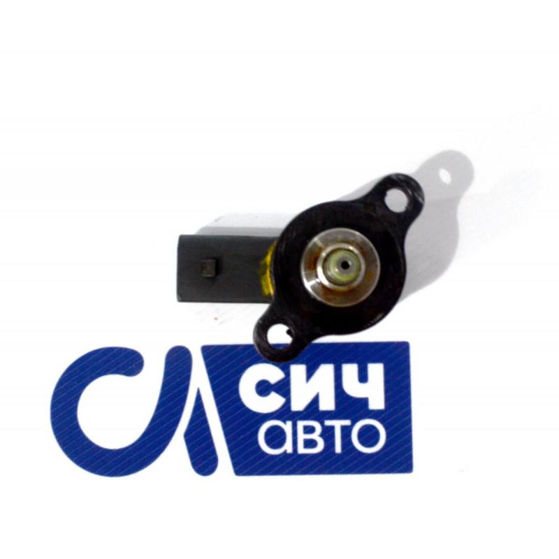 Регулятор давления топлива старого образца (без носика) MB Sprinter W901-905 OM611 2000-2006