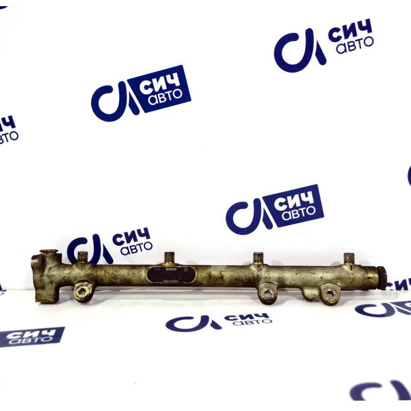 Топливная рейка (нового образца) MB Sprinter W901-905 OM611 2000-2006
