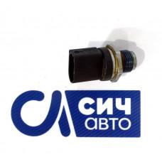 Датчик давления топлива (в рейке) MB Sprinter W906 OM646 2006-2013