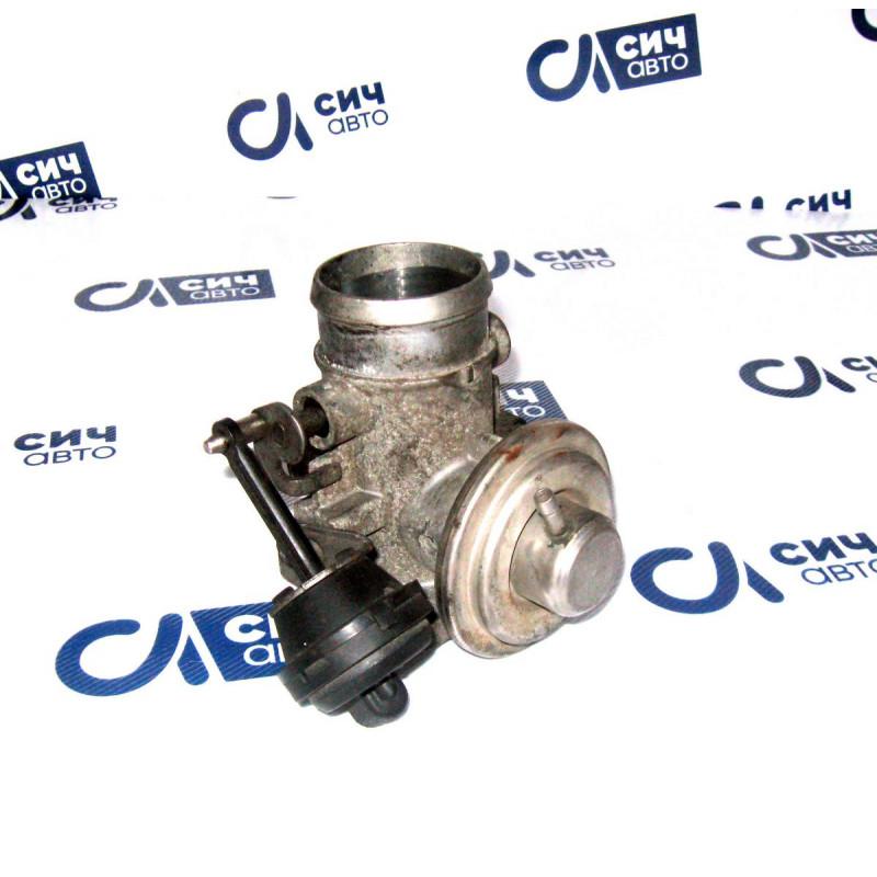 Клапан рециркуляции отработанных газов (EGR) Volkswagen LT 2,5 ТDI с 1996 г. по 2006 г.