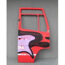 Дверь передняя правая MB Vario