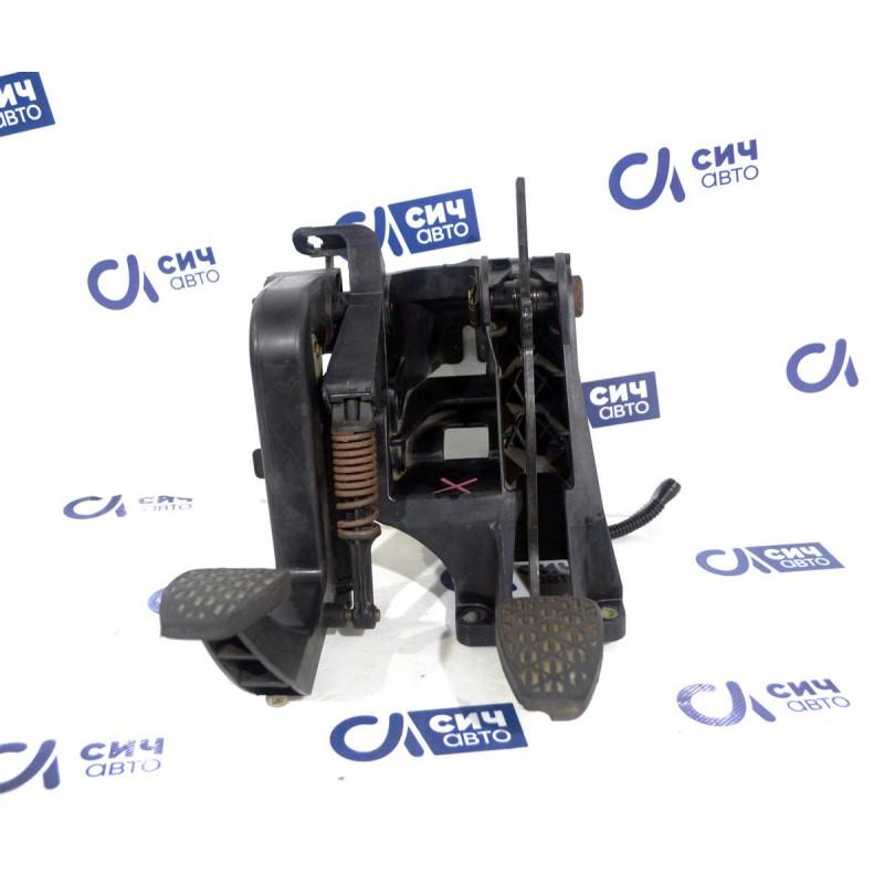 Блок педалей MВ Sprinter W901-905 1996-2006