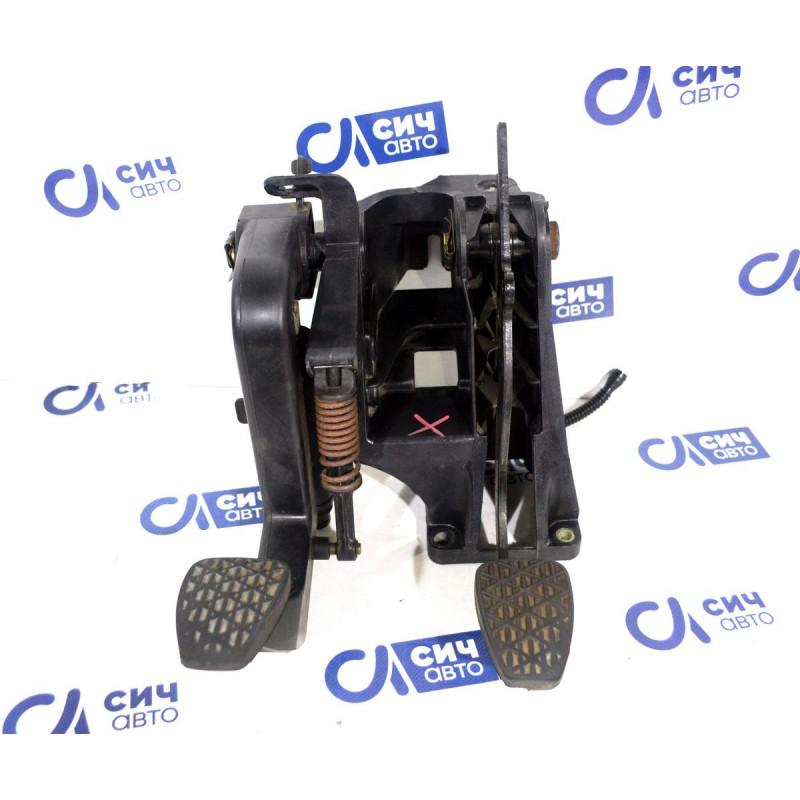 Блок педалей в сборе MВ Sprinter W901-905 1996-2006