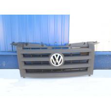 Решетка радиатора VW Crafter  2006-2016