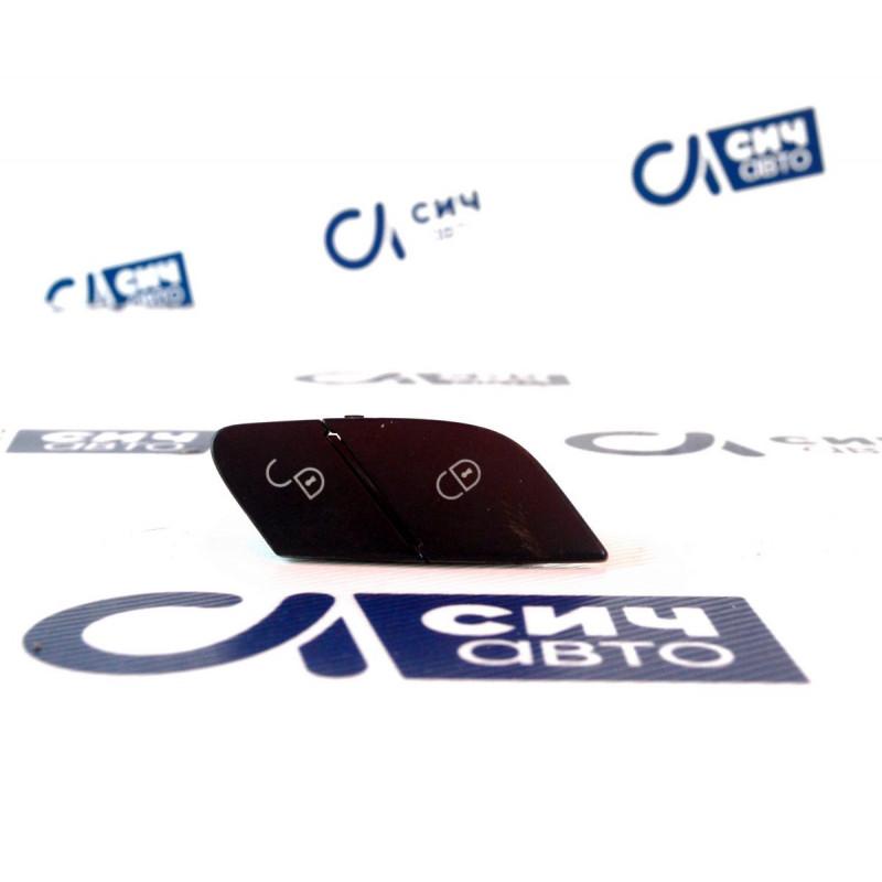 Кнопка центрального замка MB M-Class W164 2005-2011