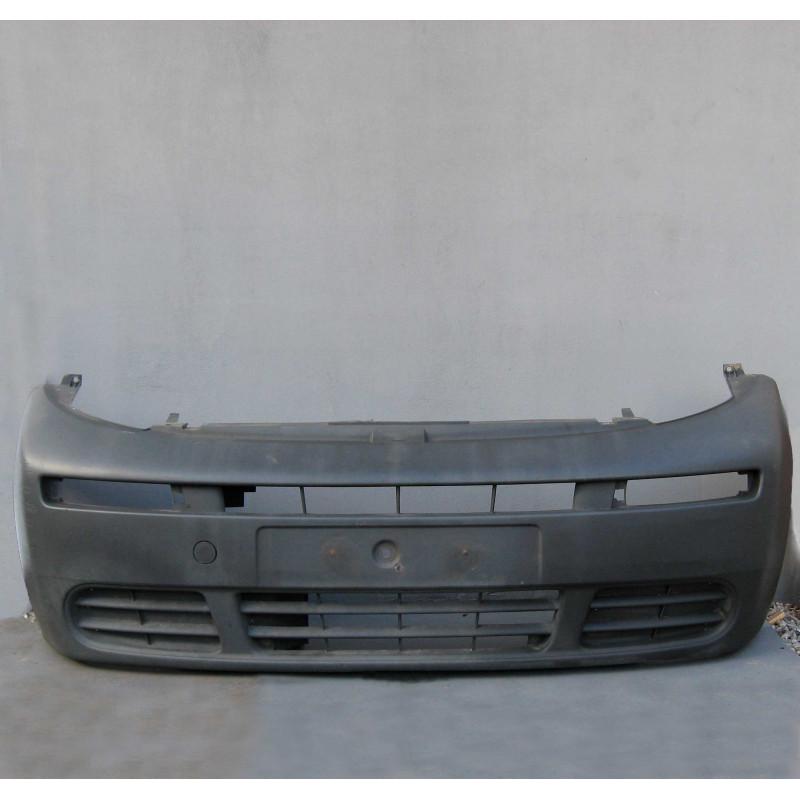 Бампер передний  Renault Trafic 2001-2007 ( 8200011389.7700312785 )
