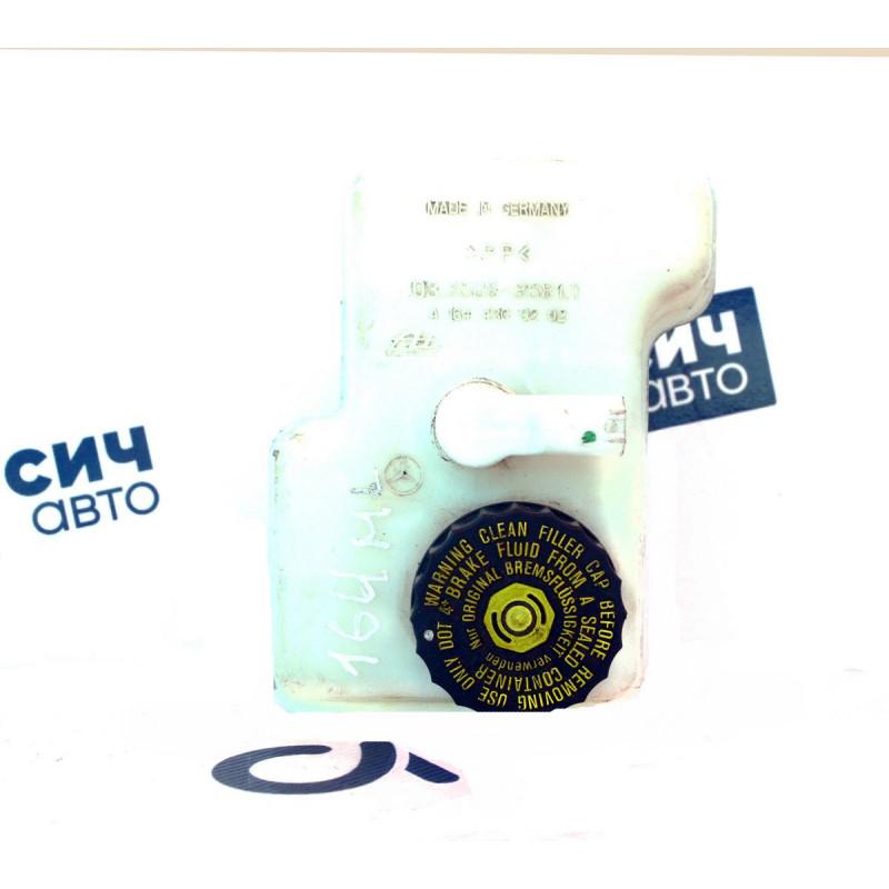 Бачок главного тормозного цилиндра MB M-Class W164 2005-2011